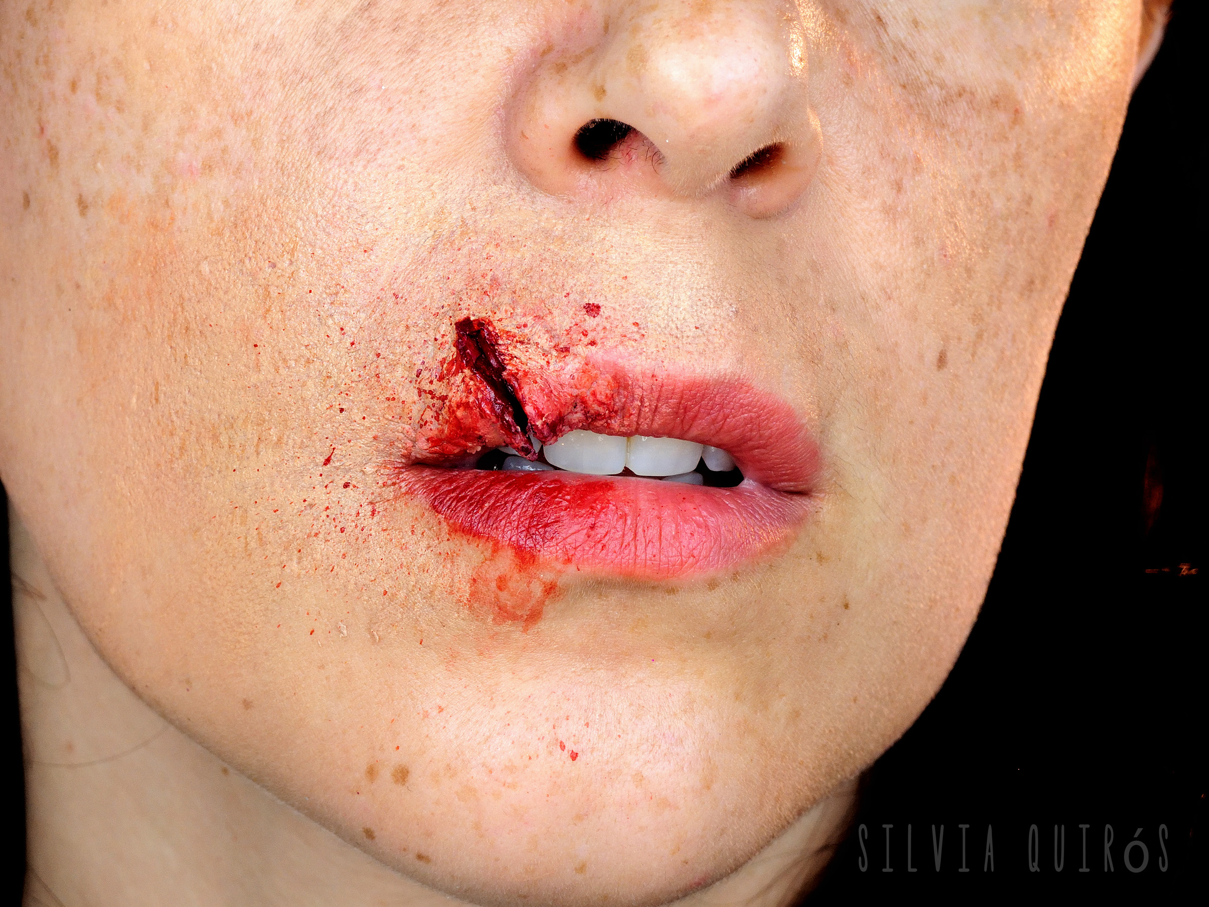 Split Lip Makeup Special Effect - Silvia Quiru00f3s