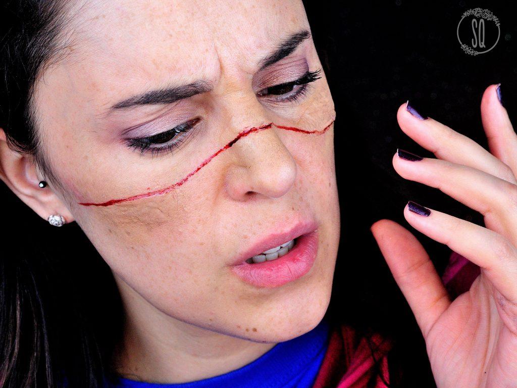 Tutorial maquillaje FX Efecto cara cortada con cable para Halloween