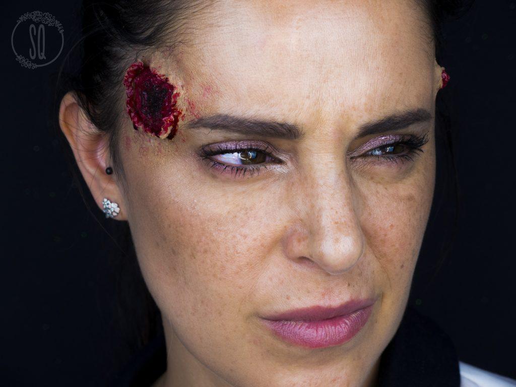 Efecto agujero de entrada y de salida de bala, maquillaje Halloween