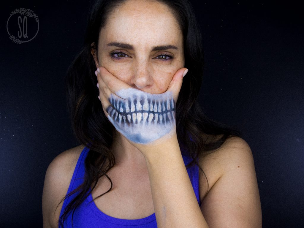 Skeleton hand effect, Halloween makeup